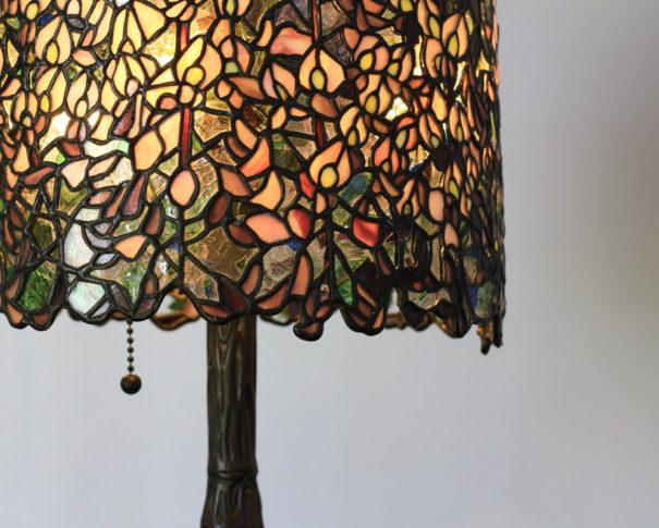 凛とした沙羅蔵樹がたたずむ和風ステンドグラスランプ|黄色・緑 glass N.
