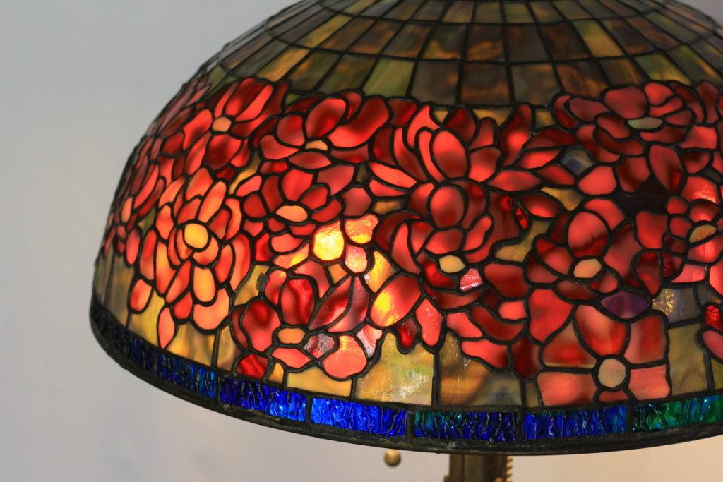 妖艶な色合いのステンドグラスランプ 赤・青 glass N.